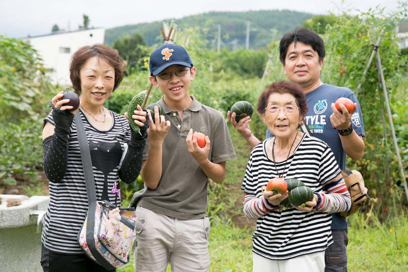 農業体験の家の畑にお客様が来てくださいました